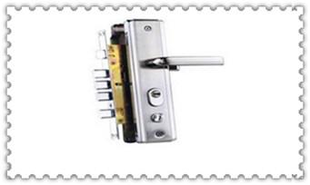 指纹锁开锁后打不开-开锁键是关锁了怎么办_指纹锁维修服务视频教程-费用高吗?