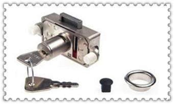 普通的门小挂锁自己怎么开锁-打开服务电话_附近修锁配钥匙换锁芯店上门服务-电话号码