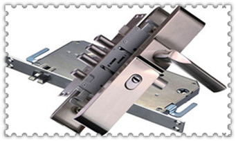 保险箱柜找人开锁多少钱一次-电话上门服务公司电话_附近修锁的师傅电话是多少-上门开锁公司