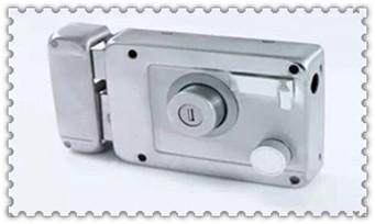 忘带钥匙开锁小窍门-叫人开锁一般需要多少钱_防盗门锁芯有几种规格-可以只换锁芯不换锁吗