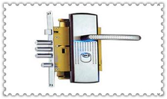 新房子换锁还是换锁芯-一般换锁芯普通的多少钱_找人开个锁要多少钱-万能钥匙开锁方法