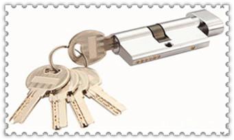 忘带钥匙开锁小窍门-上门开锁小技巧10秒开锁_指纹锁开锁变反锁-开锁方法电话