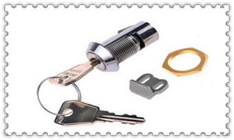 附近修锁的师傅电话是多少-上门开锁电话_一字锁新技巧10秒开锁-执手锁怎么撬开过程图