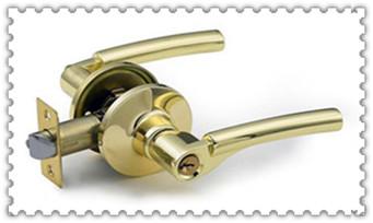 附近修锁换锁配钥匙的地址地方-的师傅电话是多少_附近上门开锁多少钱一次-开锁公司师傅电话