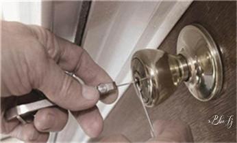 电动车开换修锁-匹配遥控钥匙公司师傅电话-_玻璃门-防盗门-附近开修换锁公司电话-