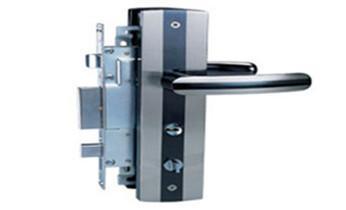 开遥控锁-配电动卷帘门遥控器公司电话-_电子保险箱柜开修换锁-更改密码公司师傅电话-