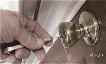 开卷帘门-挂锁钥匙-车控门-车库门锁公司电话-_开修换抽屉锁-拉闸门-卷闸门锁公司师傅电话-